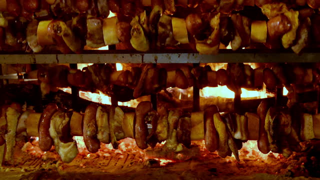 traditional meat skewer in tuscany, italy - skewer stock videos & royalty-free footage
