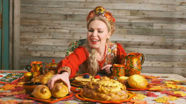 traditional russian karavai holiday bread - russian culture stock videos & royalty-free footage