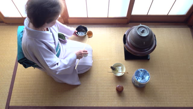 "traditional tea ceremony ""sado"" 4 bulk 1/12 -4k- - tea ceremony stock videos and b-roll footage"