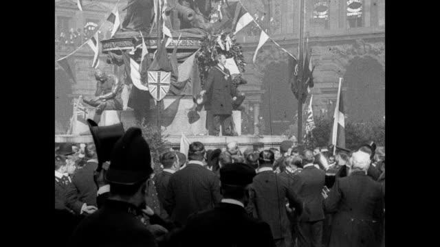 vidéos et rushes de trafalgar day in liverpool 1901 - 1901