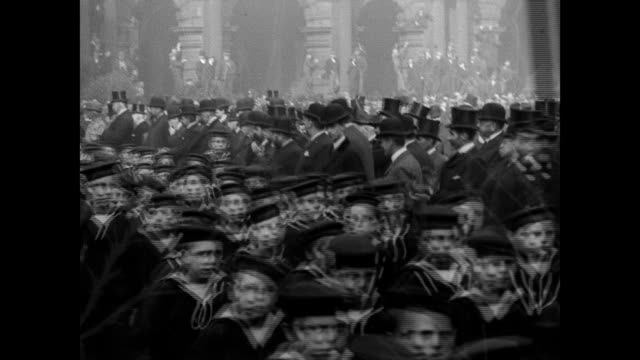trafalgar day in liverpool 1901 - belle epoque stil stock-videos und b-roll-filmmaterial