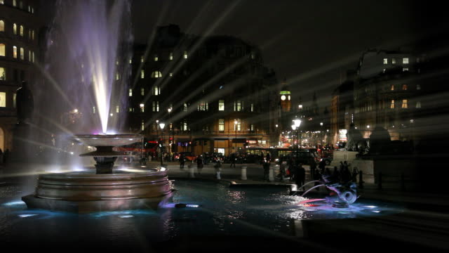 trafalgar square at night - fountain stock videos & royalty-free footage