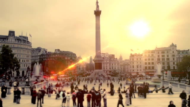 trafalgar square, london sunset. hd - square stock videos & royalty-free footage