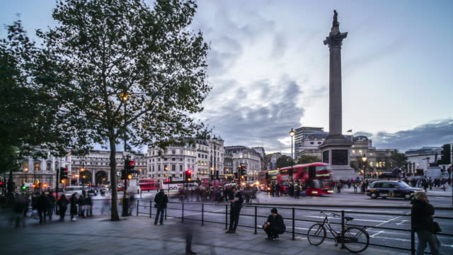 trafalgar square london time lapse. - trafalgar square stock videos & royalty-free footage