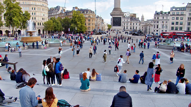 trafalgar square. people traffic. leisure and recreational pursuit. fountain. . - editorial stock videos & royalty-free footage