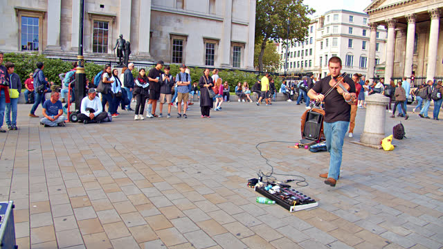 trafalgar square. street performance - arts culture and entertainment stock videos & royalty-free footage