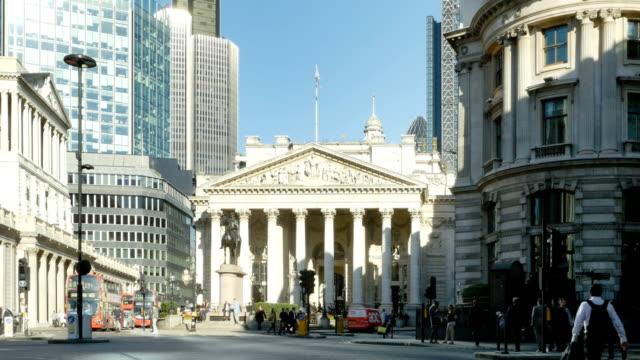 Verkehr am Royal Exchange In London City