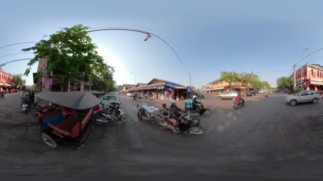 360 VR / Traffic at crossroad at Old Market area in downtown Siem Reap