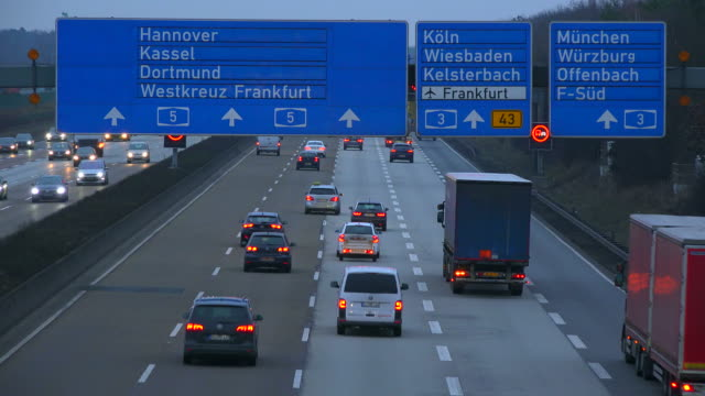 traffic at freeway a5 near freeway-interchange frankfurter kreuz, frankfurt, hesse, germany - western script stock videos & royalty-free footage