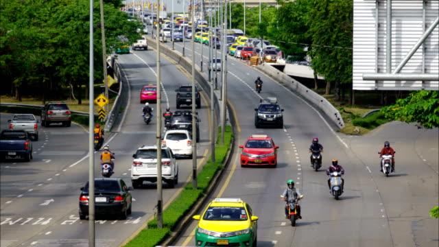 traffic at ratchadaphisek road in bangkok. - weekday stock videos & royalty-free footage