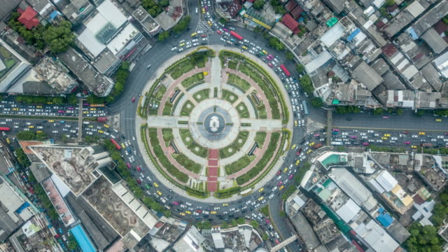 traffic circle timelapse - roundabout stock videos & royalty-free footage