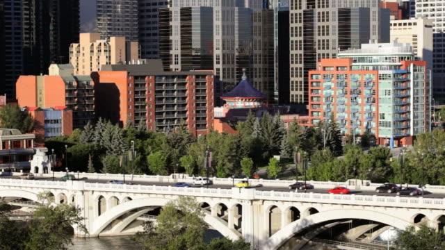 LS Traffic going into downtown Calgary on Centre Street Bridge / Calgary, Alberta, Canada
