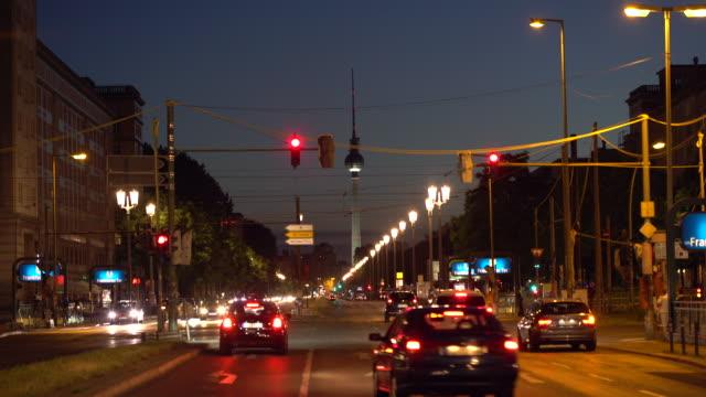 ベルリンの交通、タイムラプス - アレクサンダープラッツ点の映像素材/bロール