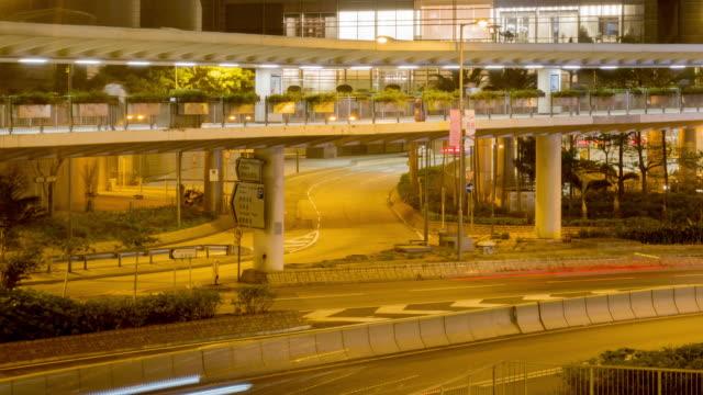 stockvideo's en b-roll-footage met verkeer in centraal district van hong kong - hong kong