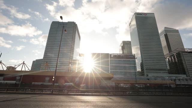 traffic in london, u.k. on monday, december 23, 2019. - lens flare stock videos & royalty-free footage