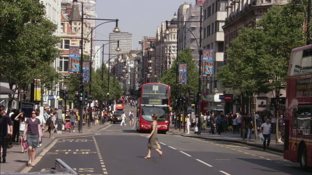 t/l ws traffic in oxford street, london, uk - double decker bus stock videos and b-roll footage