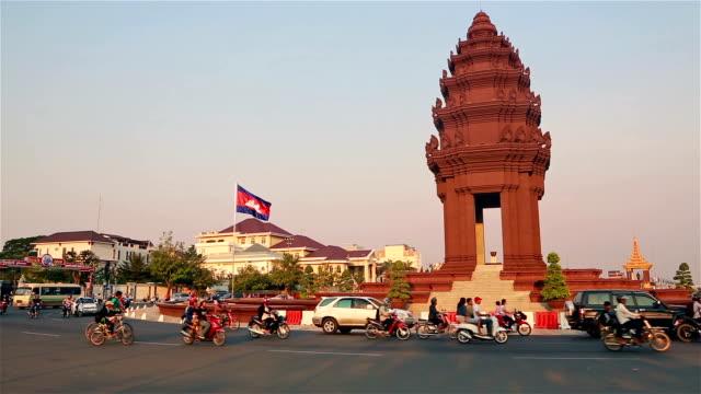 traffic in phnom penh, cambodia capital city - phnom penh stock videos and b-roll footage