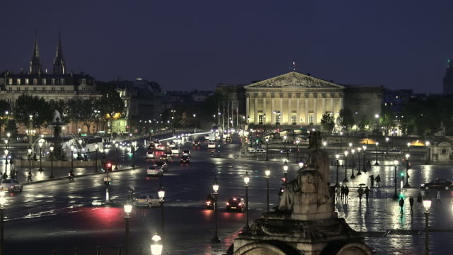 t/l ws traffic in place de la concorde at night / paris, france - national assembly stock videos & royalty-free footage
