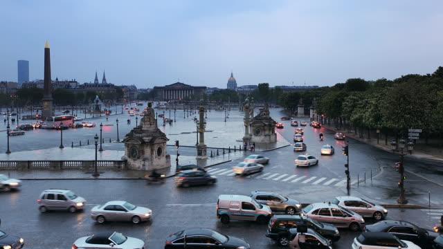 T/L WS Traffic in Place de la Concorde / Paris, France