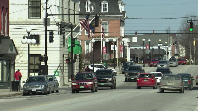 WS Traffic in small town / Rutland, Vermont, USA