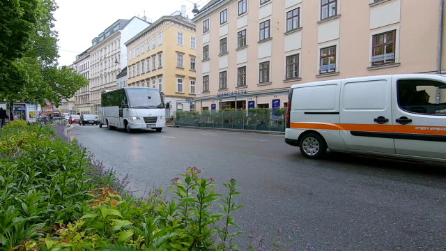 traffic in the old city of vienna. austria. - trucks in a row stock videos & royalty-free footage