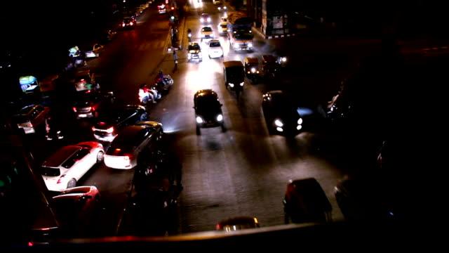 vidéos et rushes de embouteillage, delhi/inde - trafic jam