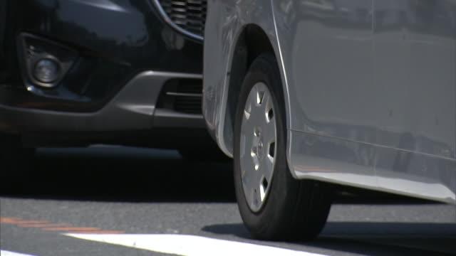 traffic jam in kamakura, kanagawa, japan - 相模湾点の映像素材/bロール