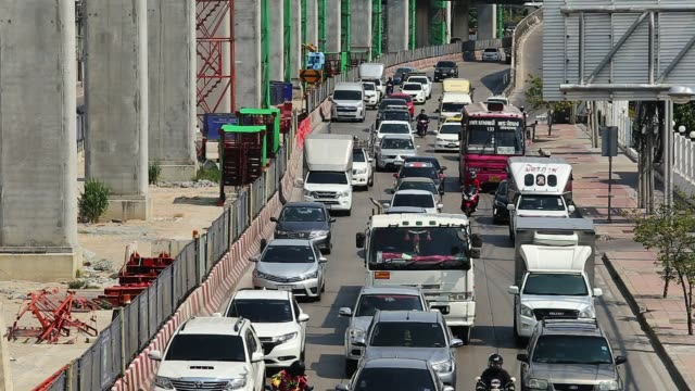 スーパーハイウェイの交通渋滞。 - traffic jam点の映像素材/bロール