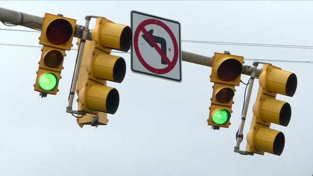 usa - traffic lights green to red - stoplight stock videos & royalty-free footage
