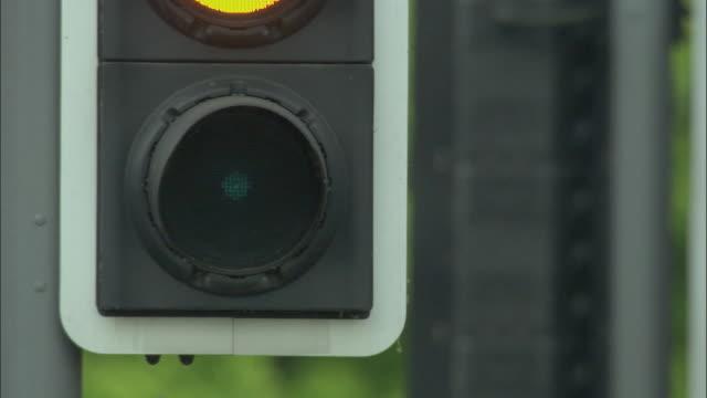 ecu, traffic lights, united kingdom - traffic light stock videos & royalty-free footage