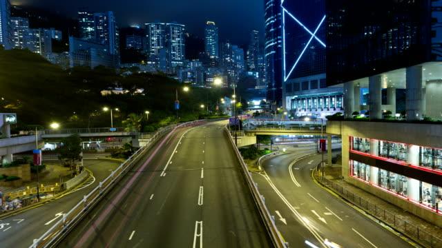 traffic night of hong kong - bank of china tornet hongkong bildbanksvideor och videomaterial från bakom kulisserna
