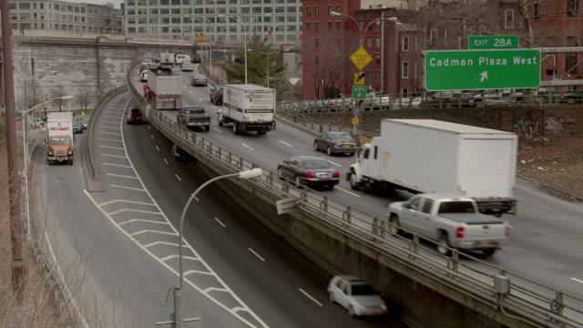 Traffic of traffic on the BQU approaching the  Brooklyn Bridge in Brooklyn.  By Exit 28 A Cadman Plaza West