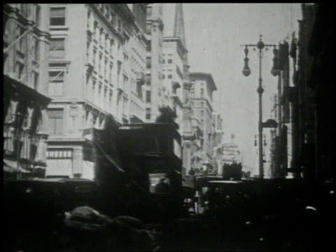 1913 ws traffic on 5th avenue / new york, new york, united states - 1913 stock videos & royalty-free footage