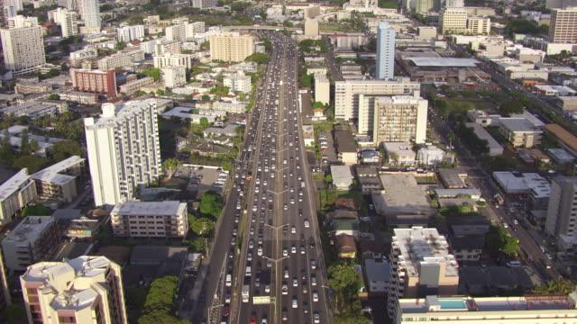 WS AERIAL Traffic on a Honolulu highway / Hawaii, United States