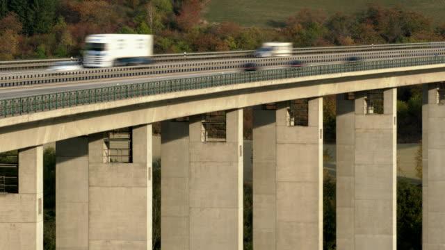 T/L Traffic on Autobahn bridge