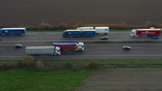 traffic on autobahn - commercial land vehicle stock videos & royalty-free footage