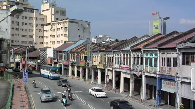 ws traffic on jalan penang street / george town, penang, malaysia - penang stock videos and b-roll footage