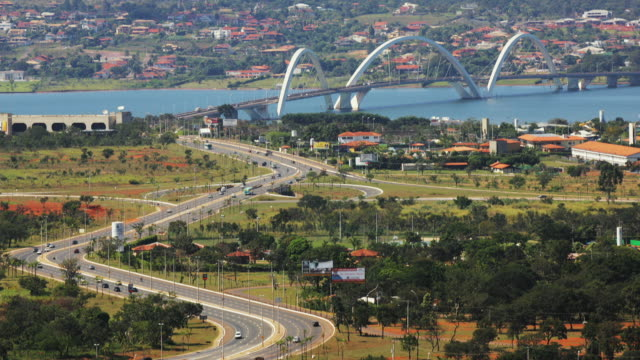 t/l, ws, ha, traffic on juscelino kubitschek bridge, brasilia, brazil - juscelino kubitschek bridge stock videos & royalty-free footage