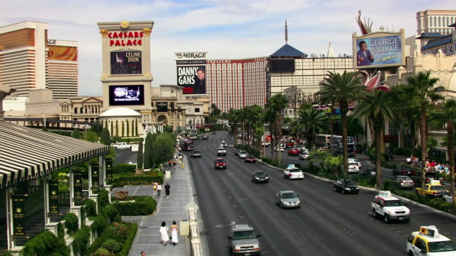 t/l, ms, ha, traffic on las vegas strip, las vegas, nevada, usa - the mirage las vegas stock videos & royalty-free footage