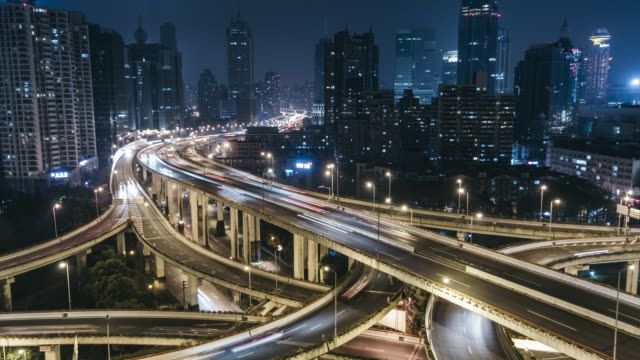 t/l zo traffic on multiple highways and flyovers at night / shanghai, china - complexity stock videos & royalty-free footage