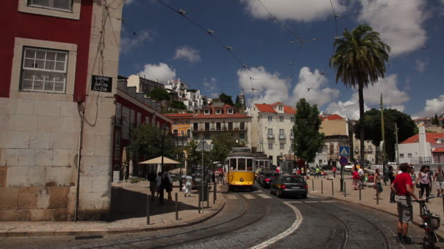 WS Traffic on old town street / Lisbon, Portugal