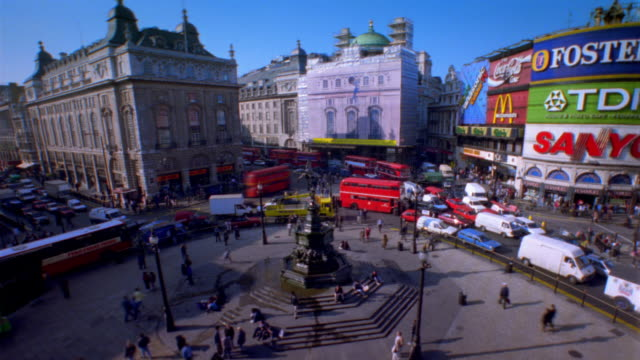 T/L, HA, Traffic on Piccadilly Circus, London, England