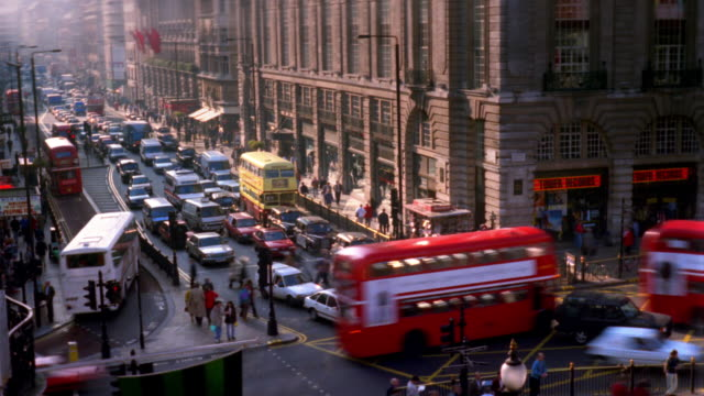 t/l, ha, traffic on piccadilly circus, london, england - high street stock videos & royalty-free footage