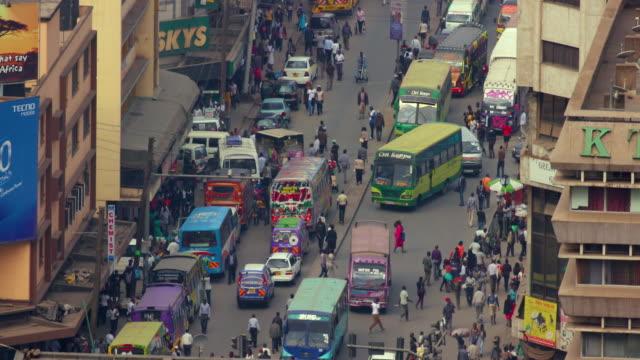 traffic on ronald ngala street nairobi  kenya  africa - ナイロビ点の映像素材/bロール