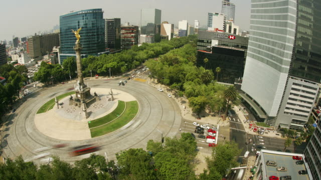 T/L, HA, MS, Traffic on roundabout with Angel of Independence, Mexico City, Mexico
