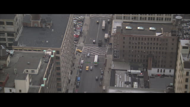 aerial, traffic on street and buildings, new york city, new york, usa - letterbox format stock videos & royalty-free footage