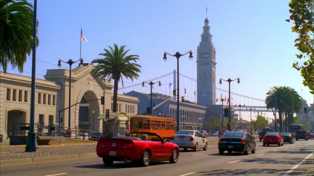 WS, Traffic on The Embarcadero, San Francisco, California, USA