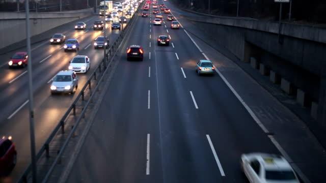 Verkehr auf der Autobahn, Echtzeit