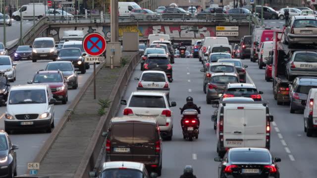 traffic on the paris ring road on november 5, 2019 in paris, france. - traffic jam stock videos & royalty-free footage