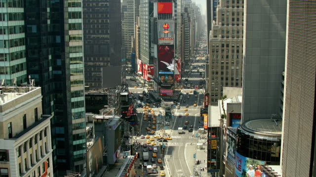 t/l, zo, ws, ha, traffic on times square, manhattan, new york city, new york, usa - manhattan theater district stock videos and b-roll footage